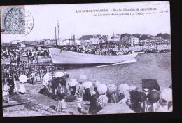 LES SABLES D OLONNE LANCEMENT D UNE GOELETTES ( LA CREOLE ) 1909 - Sables D'Olonne