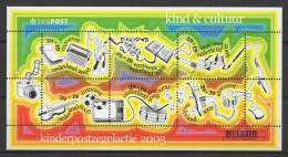 Nederland (2003) Bf. 79  /  Musique - Musical Instrument - Music - TV - Musik