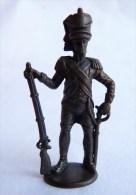 Rare FIGURINE KINDER  METAL 70's - SOLDATS NAPOLEONIENS 1804-1815 Artilleur 4 Artillerist - Figurines En Métal