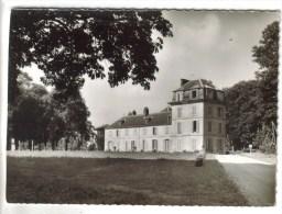 CPSM MAGNANVILLE (Yvelines) - Maison De Retraite De L'Association Leopold Bellan Chateau De Magnanville : Un Pavillon - Magnanville