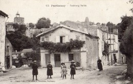 PARTHENAY FAUBOURG BARBES ANIMEE - Parthenay