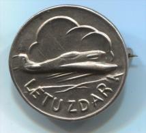 Airplanes, Plane, Flight Success, CSSR. Vintage Pin, Badge - Airplanes
