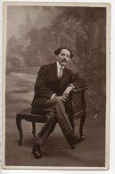HOMME . PHOTOGRAPHIE ROBERT BOIVIN 37, RUE POISSONNIÈRE . PARIS - Ref. N°2238 - - Hommes