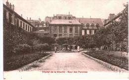 PARIS ... HOPITAL DE LA CHARITE  ... COUR DES FEMMES - Francia