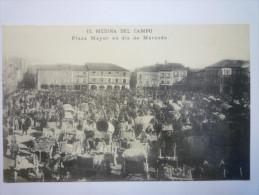 MEDINA  DEL  CAMPO  :  Plaza Mayor En Dia De MERCADO  -  TB  Animation  XXX - Espagne