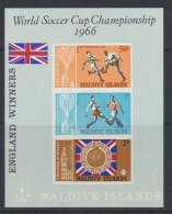 Maldive Islands  - Maldives  1967  Football England's Victory : Miniature Sheet   *  MVLH - Maldives (1965-...)