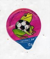 opercule  de creme theme coupe monde football  grenouille