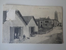 CPA 44 BATZ RUE DE LA GARE - Batz-sur-Mer (Bourg De B.)