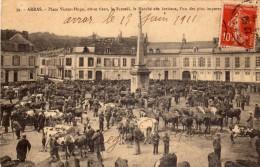 ARRAS  -  Place Victor Hugo Ou Se Tient Le Marché Aux Bestiaux - Arras