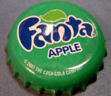 Fanta Apple GAMBIA Kronenkorken Kronkorken, soda bottle crown cap Africa capsule chapa tapon corona