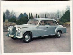 MERCEDES 300 ; 5 à 6 Pers. Sedan (Hardtop) - 6 Cilinder - 165 Km/u - Auto's