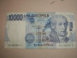Italie VOLTA  10 000 LMIRE - [ 2] 1946-… : République