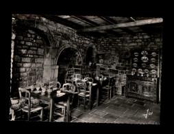 29 - LOCRONAN - Crêperie Bretonne - Carte Pub - Salle à Manger - Locronan