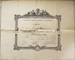 Diplôme De Comptabilité, Cours De 1ère Année, Décerné à Lyon Le 07/07/1928. - Diplômes & Bulletins Scolaires