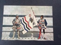 Le storiche contrade di SIENA - Duce e Paggio Maggiore dell'Istrice - cartolina FG C NV