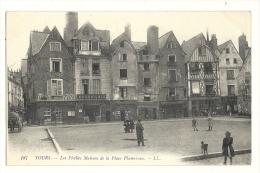 Cp, 37, TOurs, Les Vieilles Maisons De La Place Plumereau - Tours