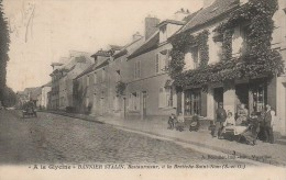 "78 St-NOM-la-BRETECHE ""A La Glycine"" Bannier Stalin , Restaurateur - St. Nom La Breteche"