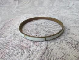 1 Bracelet  Fantaisie Nacre - Bracelets