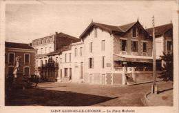 Alte AK  SAINT-GEORGES-DE-DIDONNE /Ch.-Marit. - La Place Michelet - 1951 - Saint-Georges-de-Didonne