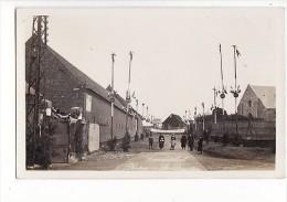 """carte photo � situer vers 1930 Lemar�chal photographe : St Quentin (f�te : """"vive mon seigneur"""")"""