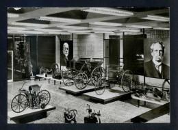 Mercedes - Benz *Daimler-Benz-Museum. Sttutgart-Untertürkheim* Nueva. - Museos