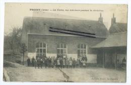 CPA - Proisy - Les Ecoles,vue int�rieure pendant la r�cr�ation