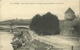 Nevers Quai Amiral Jacquinot Et Tour Goguin - Nevers