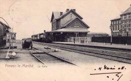"""Perwez - le - March�   ( M 974 )    """" Int�rieur de la Gare avec vieux train de jadis """"   TOP de TOP"""