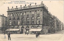 NANCY - 54 - Un Des Pavillons De La Place Stanislas - 270814 - - Nancy