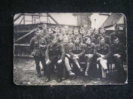 Ar - N° 1 /  COMPAGNIE MILITAIRE Carte Photo Militaire - Militaria    / Circulé .- - Regiments