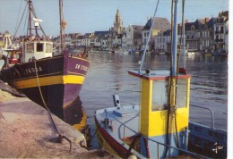 Le Croisic.. Le Port à Marée Haute.. Bateaux De Pêche.. Chalutiers - Le Croisic