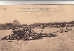 Oostduinkerke Souvenir De La Guerre, Neergeschoten Duits Vliegtuig (pk13938) - Oostduinkerke