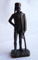 FIGURINE KINDER  METAL SOLDATS FRANCAIS 1780 2 OFFICIER HUSSARD 80's Bruni - KRIEGER FRANKREICH HASARENOFFIZIER - Metal Figurines