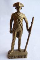 FIGURINE KINDER  METAL SOLDAT AMERICAIN USA 1780 SOLDAT 7 80�s Laiton - KRIEGER USA