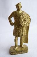 FIGURINE KINDER  METAL SOLDAT ECOSSAIS 1743  1 Scame CAPORAL 80's Or - KRIEGER SCHOTTEN Kaporal - Figurines En Métal