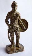 FIGURINE KINDER  METAL SOLDAT INCA  4 RP 80's Laiton - KRIEGER INCAS - Figurines En Métal