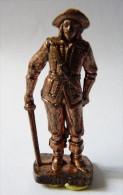 FIGURINE KINDER  METAL SOLDAT MOUSQUETAIRE FRANCAIS  2 Scame 80�s Cuivre - KRIEGER Franz�sische Musketiere 1670