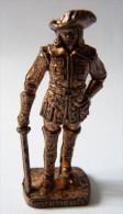 FIGURINE KINDER  METAL SOLDAT MOUSQUETAIRE FRANCAIS  3 RP 80's Cuivre - KRIEGER Französische Musketiere 1670 - Metal Figurines