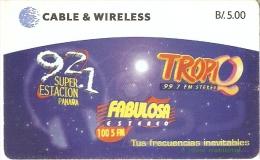 TARJETA DE PANAMA DE CABLE & WIRELESS DE B/5.00 DE FABULOSA ESTEREO TROPIQ - Panamá