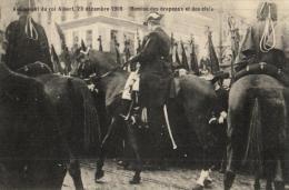 BELGIQUE - BRUXELLES - Avènement Du Roi Albert, Le 23 Décembre 1909. Remise Des Drapeaux Et Des Clefs. - Manifestations