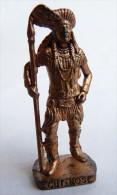 FIGURINE KINDER  METAL  INDIEN II - 3 CUT NOSE CUIVRE - KRIEGER Ber�mmte Indianer-H�uptlinge