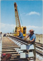 METIER,MEXIQUE,MEXICANOS, MEXICO,CONSTRUCTION DE LIGNE CHEMIN DE FER,montage,chantier,grue - Industry