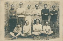 FOOTBALL, TRES BELLE CARTE PHOTO D'une équipe De Foot! - Football