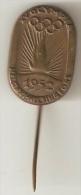 FINLAND - HELSINKI 1952  XV SUMMER OLYMPICS - ORIGINAL PIN - - Olympic Games
