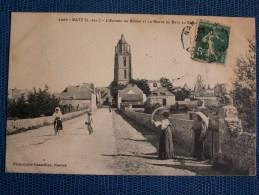 """""""""""  CPA  BATZ  //  ENTREE  DU  BOURG  """""""" - Batz-sur-Mer (Bourg De B.)"""