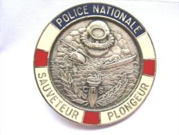 ANCIEN INSIGNE POLICE NATIONALE CRS BREVET SAUVETEUR PLONGEUR EXCELLENT �TAT