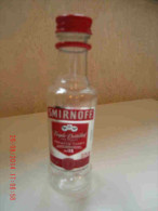 Alcool Mignonnette Vide SMIRNOFF Triple Distilled Vodka Plastic Bottle Bouteille Plastique 5 Cl - Mignonnettes