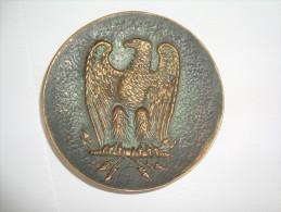 VIDE DE POCHE    AIGLE  IMPERIAL  EN BRONZE SIGNE M . LE VERRIER - Bronzes