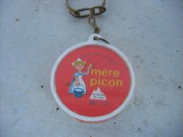 Porte Clés En Plastic: Boite De Fromage  Au Lait Pur Des Alpes De La Mere PICON. 50% De Matiere Grasse - Porte-clefs