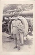 CPA PHOTO MILITAIRE 1927 MAILLY LE CAMP 182 EME REGIMENT DEVANT UNE PIECE D ARTILLERIE 592 - Manovre